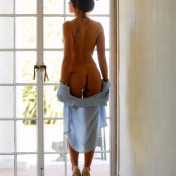 SWARVEMagazine   Tia Marie   Set   Glass Doors  3 of 19